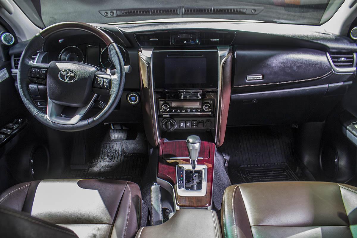 Toyota-Fortuner-presentation-4