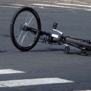 В Магнитогорске скорая с умирающей девушкой в салоне сбила велосипедистку