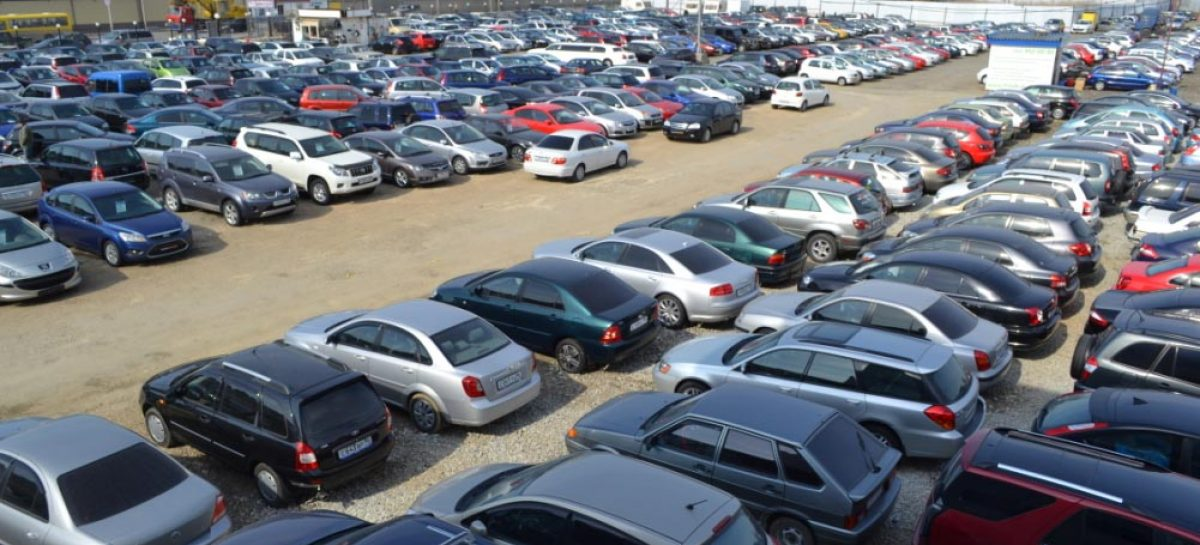 На вторичном рынке автомобилей Москвы продолжает лидировать LADA
