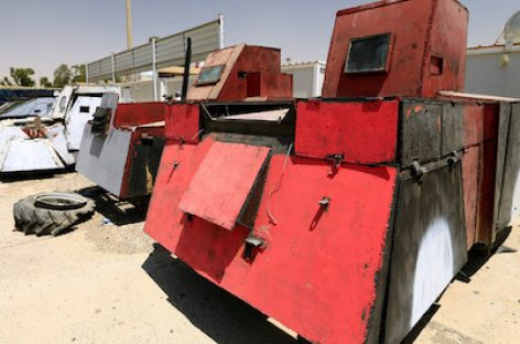 Боевики создали автомобильный парк в стиле «Безумного Макса»