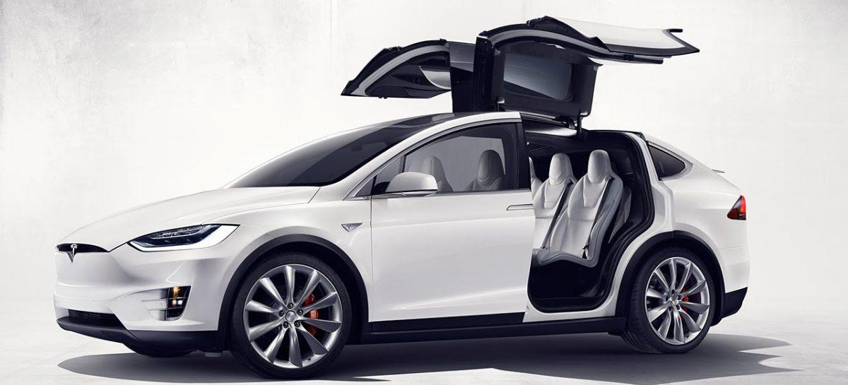 Tesla Model X на бездорожье
