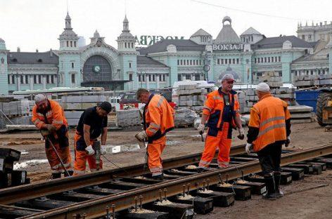Перед Белорусским вокзалом появились трамвайные пути