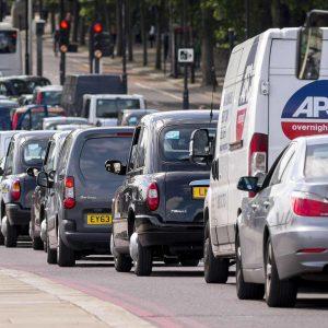 Великобритания запретит продажу машин с двигателями внутреннего сгорания с 2030 года