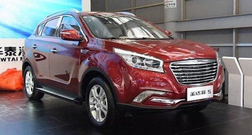 В базовой версии обновленный Santa Fe 5 2018 доступен для приобретения в КНР по цене от 76 тысяч 800 юаней, что эквивалентно сумме в 681 тысячу рублей.