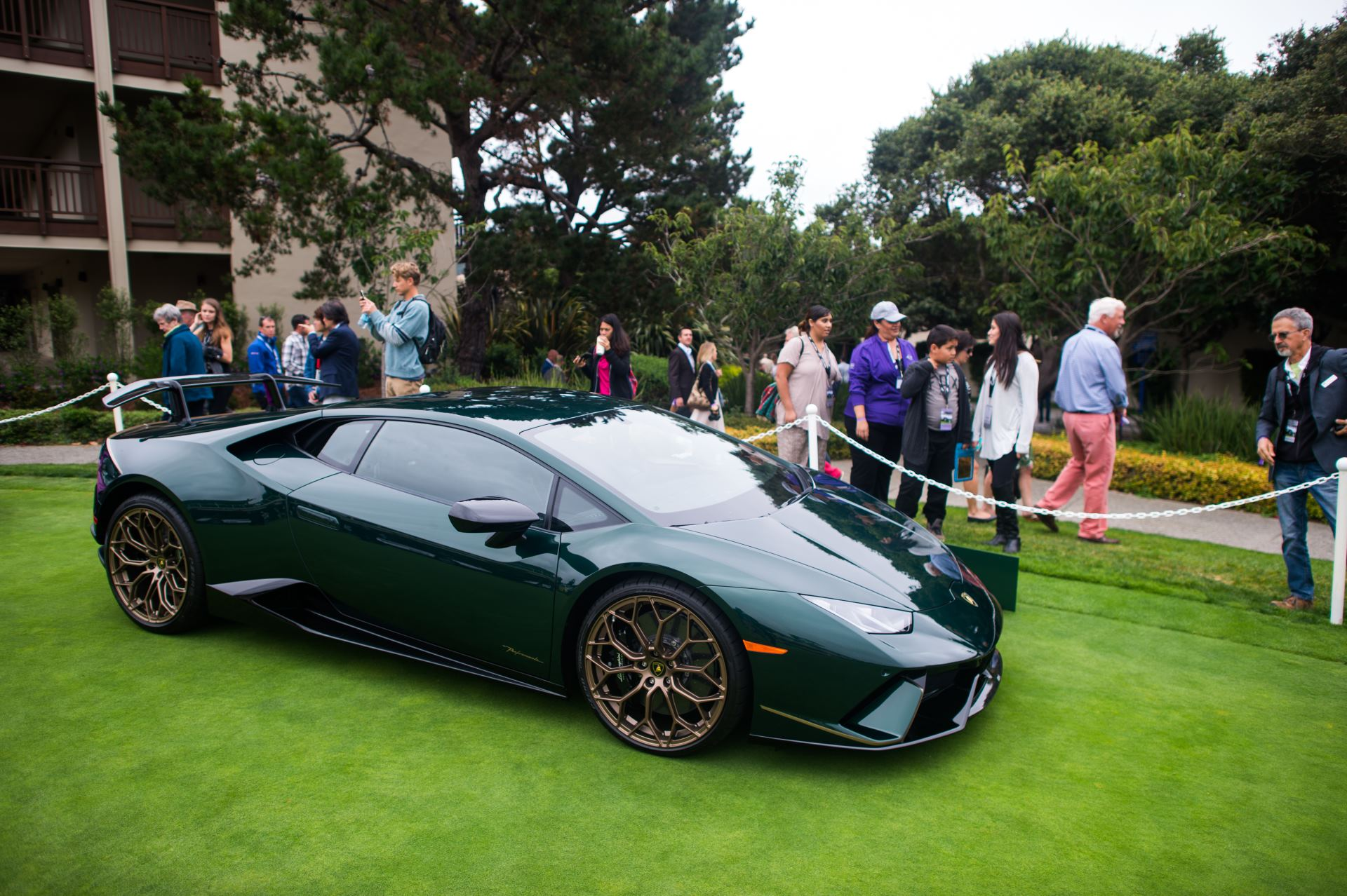 Lamborghini Huracán Performante на фестивале Monterey Car Week 2017_3