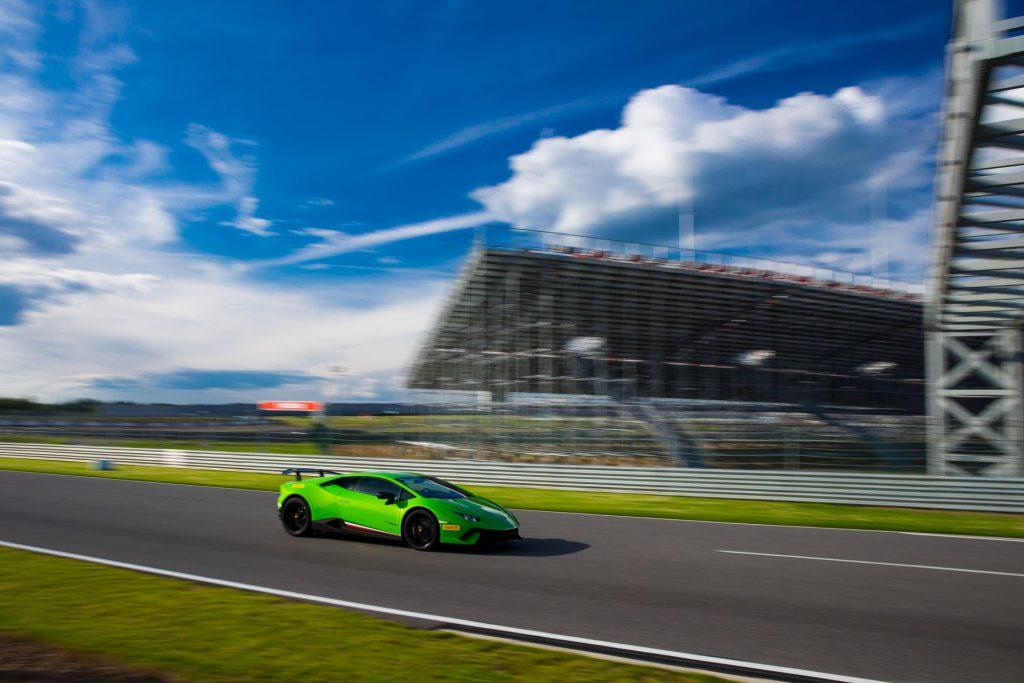 Lamborghini Huracán Performante _12