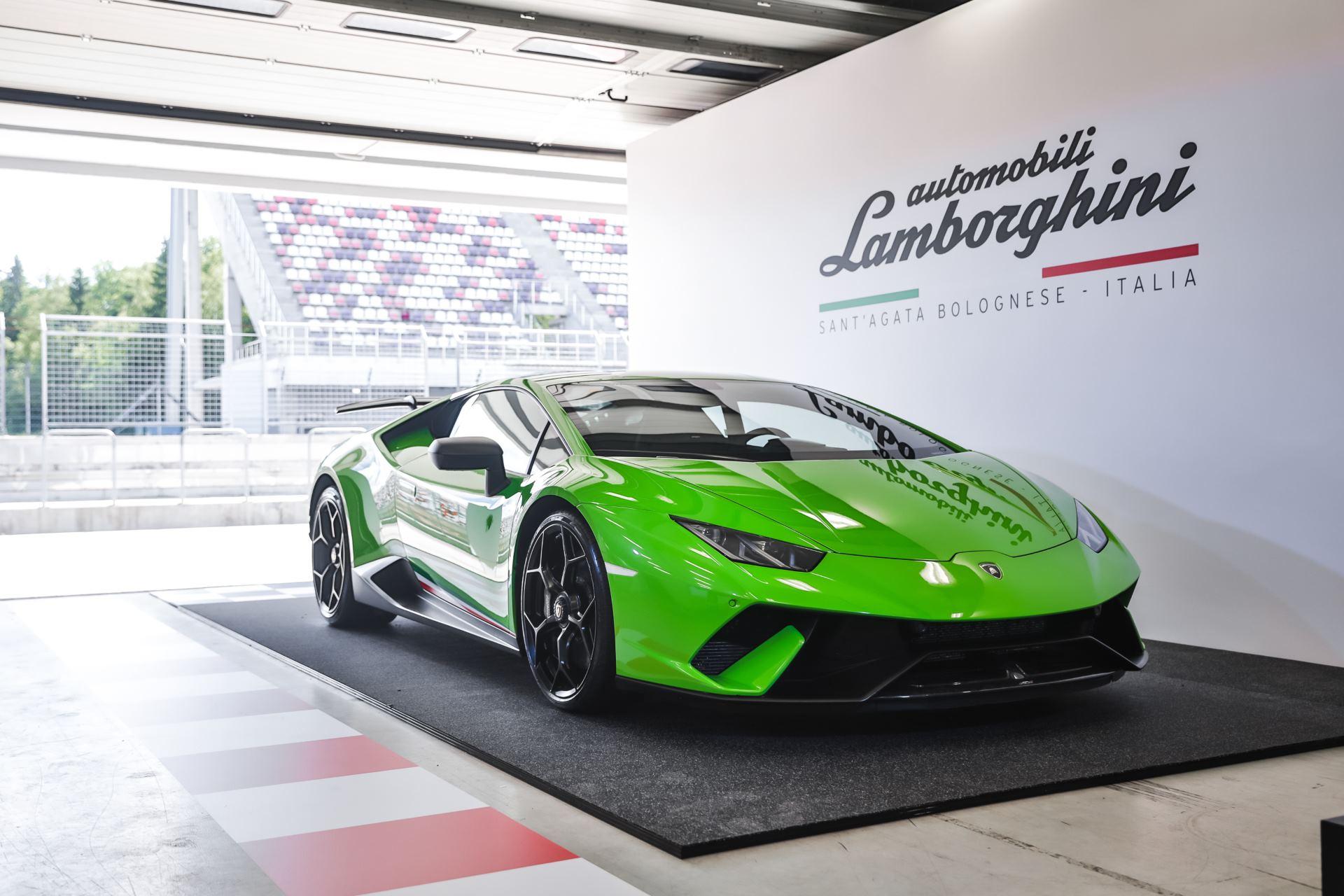 Lamborghini Huracán Performante_4