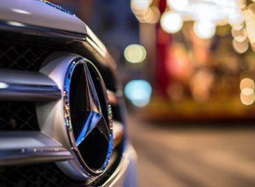 Праздничная акция от Mercedes-Benz