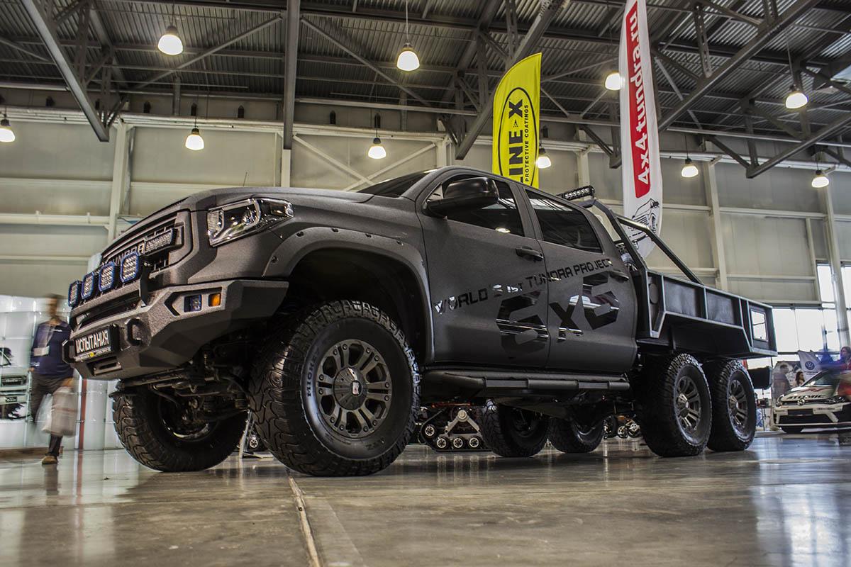 Toyota-Tundra-6x6-2
