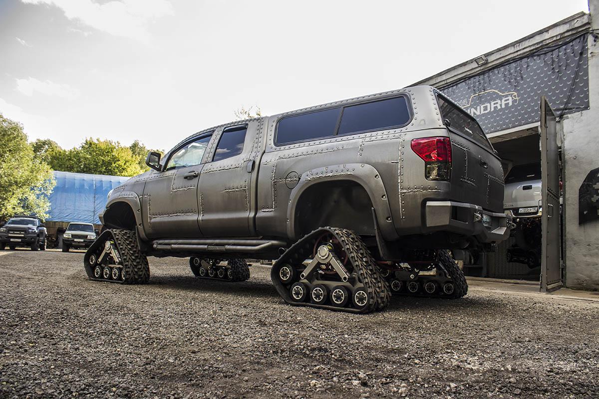 Toyota-Tundra-tracks-10