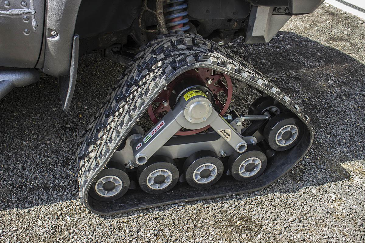 Toyota-Tundra-tracks-2
