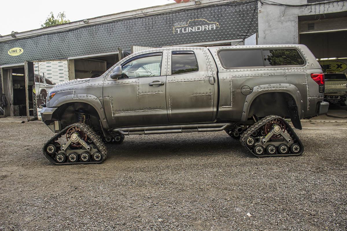 Toyota-Tundra-tracks-8