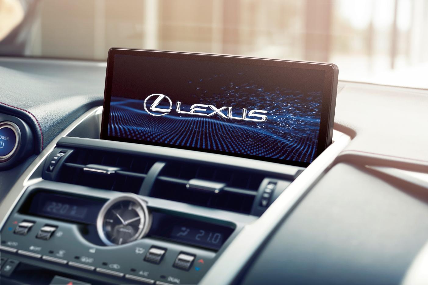 Lexus пересмотрел формат традиционной пресс-конференции