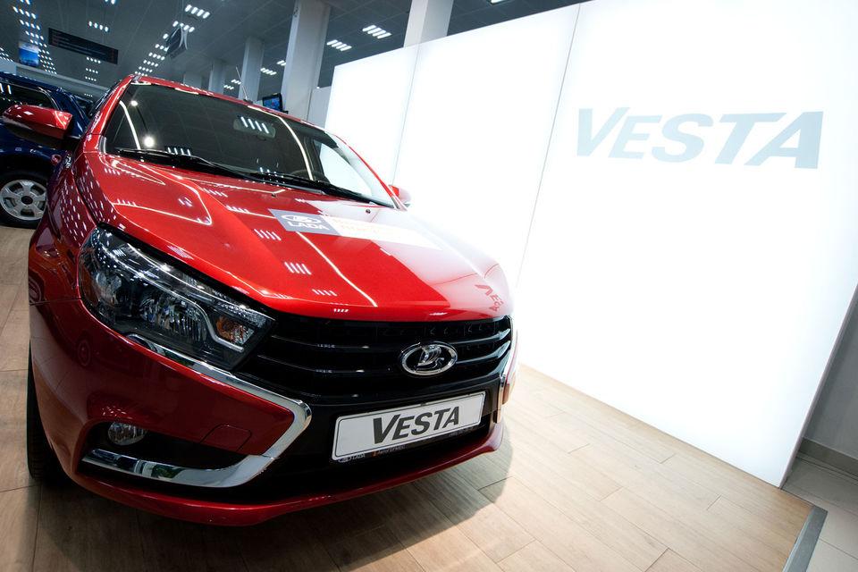 Согласно данным АЕБ, в январе — июле 2017 года в России было продано 41 086 Vesta (рост на 46%), общие продажи Lada составили 166 733 шт. (рост на 14%).