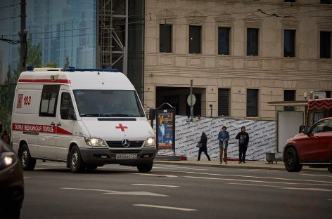 Водителям грозит лишение свободы за непропуск скорой помощи