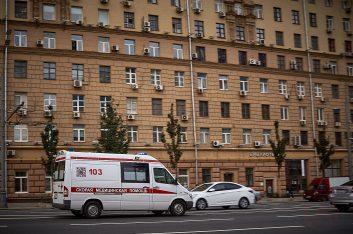 «Помощник Москвы» штрафует даже «скорую помощь»