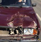 Крышка люка пробила «Жигули» — никто не пострадал
