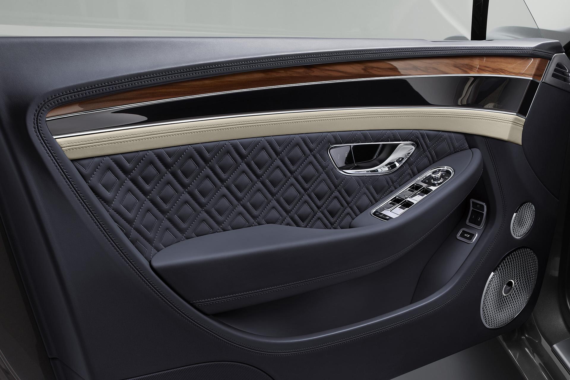 Bentley Continental GT дверь