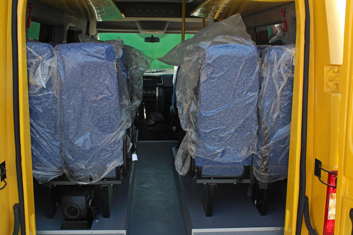 Новый микроавтобус УАЗ