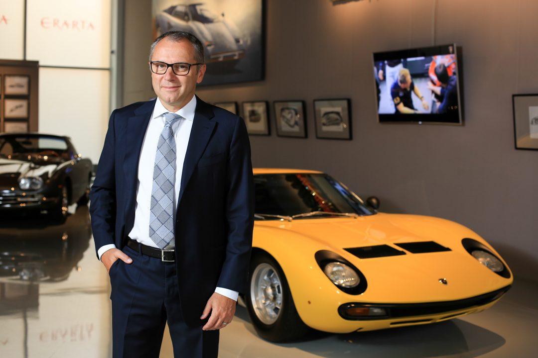 Стефано Доменикали на ывставке Lamborghini легенда дизайна