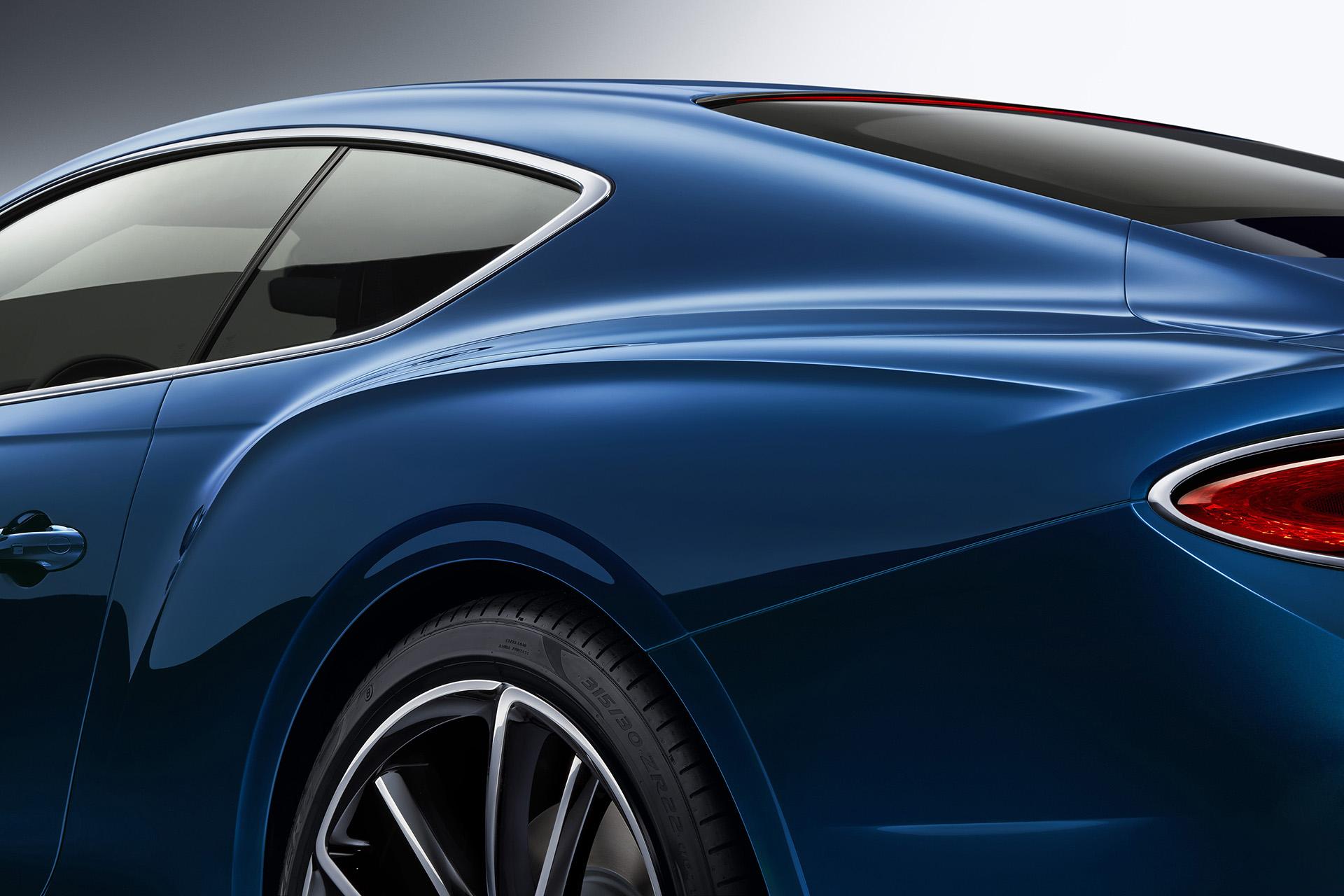 Bentley Continental GT задние крылья крыша и вид сбоку