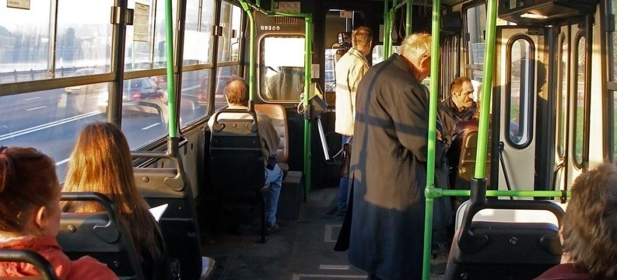 Жирный кусок: «Мострансавто» объявило конкурс на право размещения рекламы на автобусах