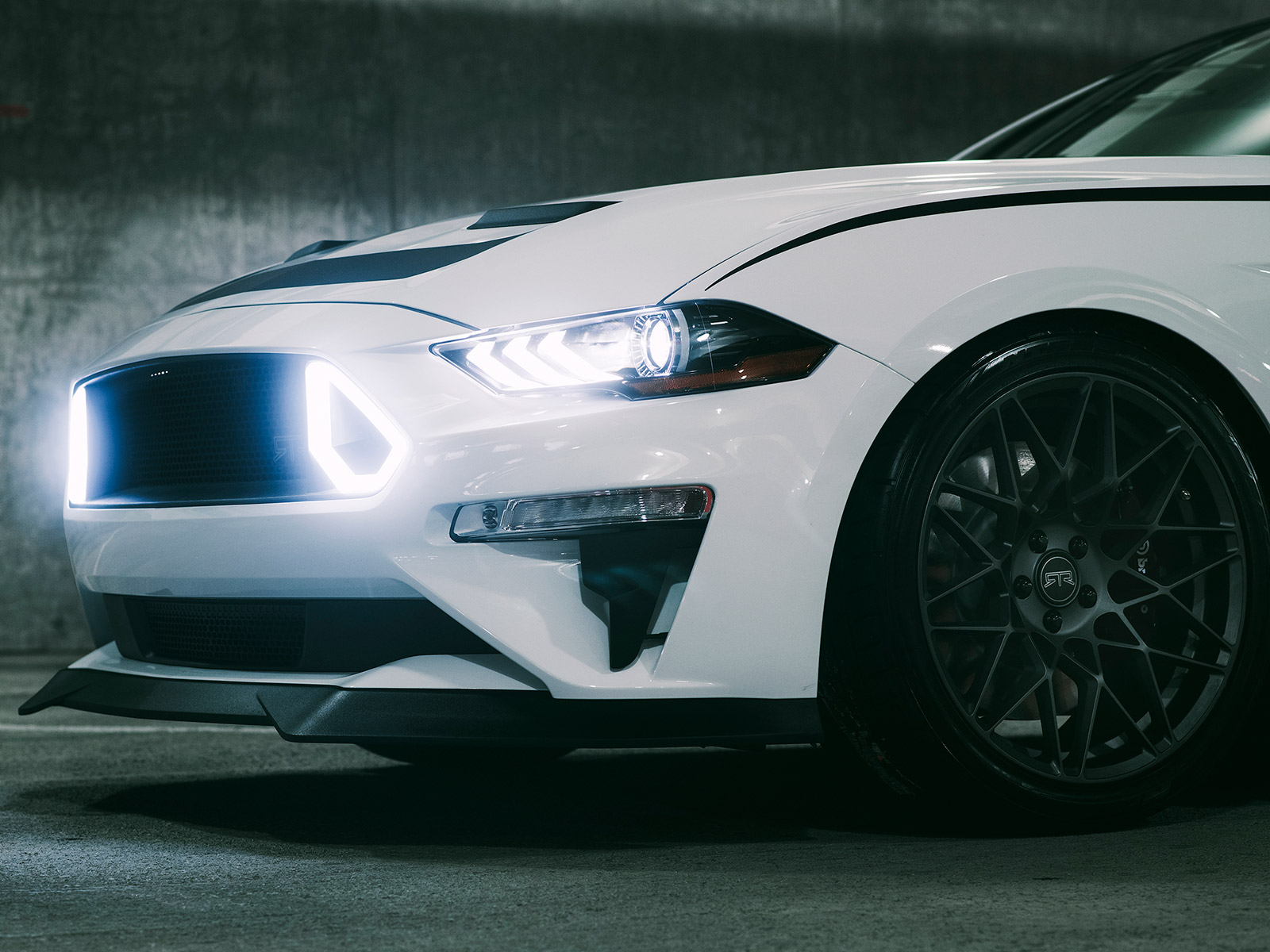 Ford Mustang GT by RTR Vehicles 2018