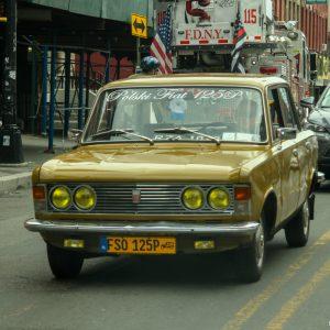 Старые автомобили на улицах Нью-Йорка - 29