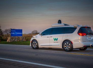 Беспилотный автомобиль от Google будут тестировать зимой