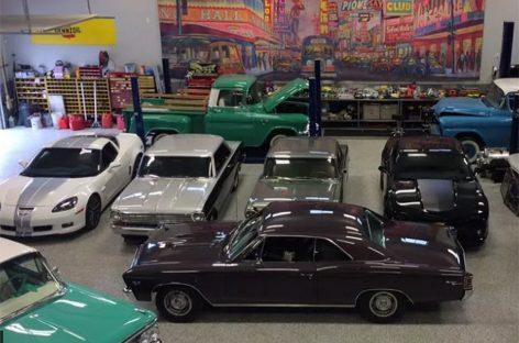 В Канаде сгорела коллекция машин