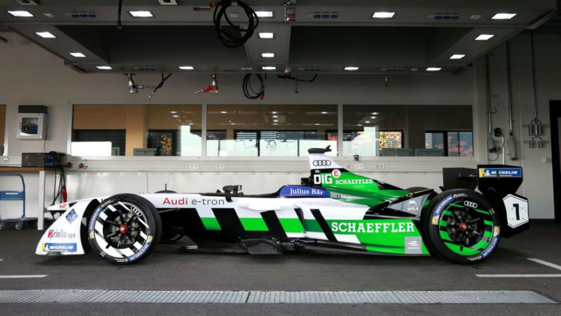 Audi представила первый электромобиль Audi e-tron FE04 для Формулы Е 3