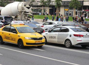 В Беларуси Яндекс.Такси и Uber запустили страхование жизни водителей и пассажиров