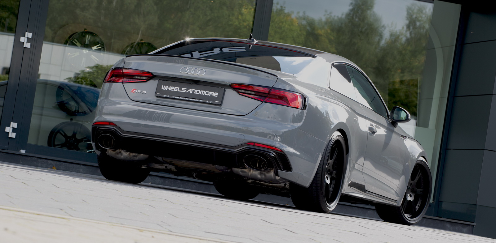 Audi RS5 Coupe