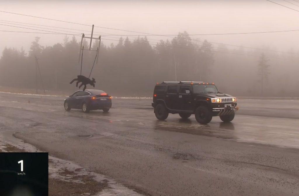 Tesla Model X против Hummer H2