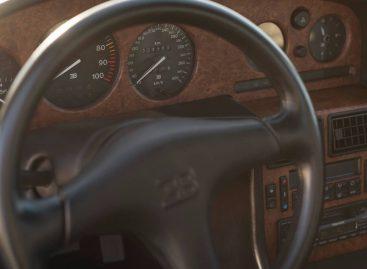 Уникальный Bugatti EB110 GT уйдёт с молотка