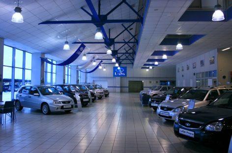 Более 411 тысяч отечественных автомобилей продали в России в 2017 году
