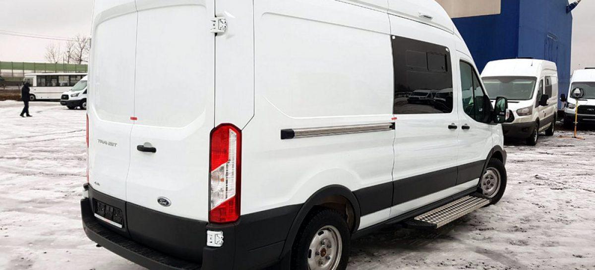 Российская таможня закупила 30 автомобилей Ford Transit