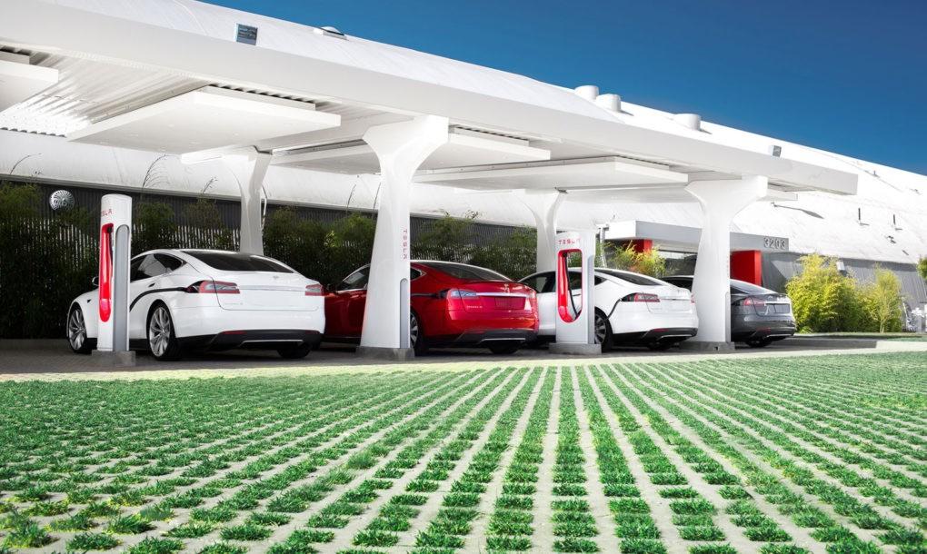 Станция быстрой зарядки Tesla Supercharger