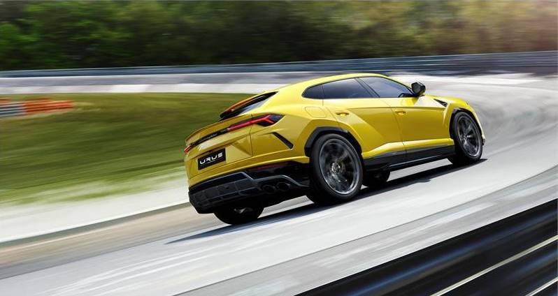 Lamborghini Urus – супер-SUV