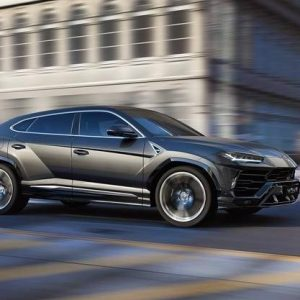 Lamborghini наконец-то вывел на рынок Urus SUV