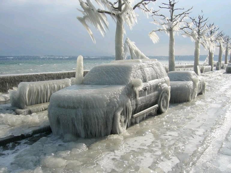 мороз и автомобиль