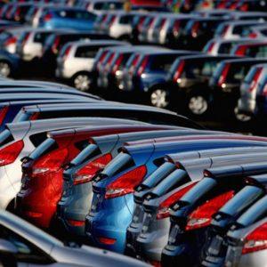 Продажи новых иномарок в 1 полугодии упали на 4%