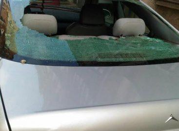 В Польше авто забросали камнями