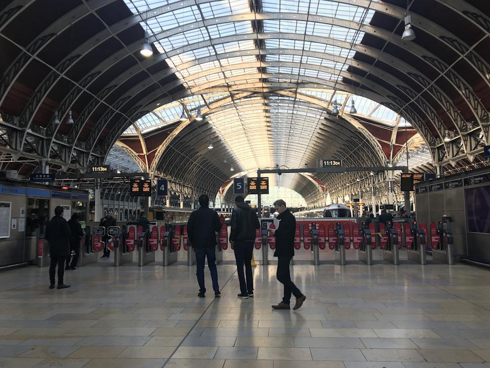 железнодорожный вокзал Лондон