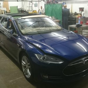 Tesla Model S превратили в универсал