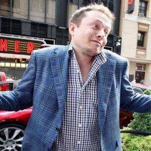 Илон Маск заявил, что недооценил людей