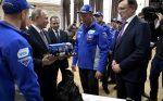 Путин встретился c мастерами КАМАЗа
