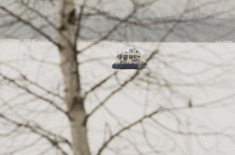 На Москва-реке два человека провалились под лёд