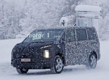 Mitsubishi Delica проходит зимние испытания