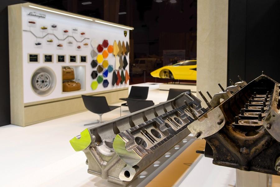 головка для блока цилиндров двигателя Automobili Lamborghini V12